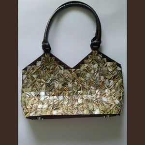 Beautiful Mod by Design Brown Shell Handbag